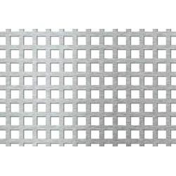 Lamiera forata zincata in sendzimir dalle dimensioni di 125x250cm, spessore 1,5mm, foro quadro 10x10mm, passo 15mm a 90°