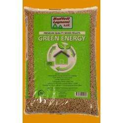 Pellet GREEN ENERGY prodotto in Lituania da 100% di legno di conifera.Tonalità bianco dorato, conforme alle normative eu