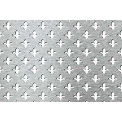 Lamiera forata in fe (acciaio comune) dalle dimensioni 100x200cm, spessore 1mm, foro a giglio dimensione 28mm, passo 45,