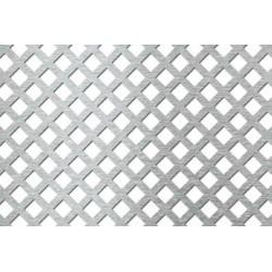 Lamiera forata zincata in sendzimir dalle dimensioni 100x200cm, spessore 1,5mm, foro quadro 10x10mm, passo 12,5mm a 45°